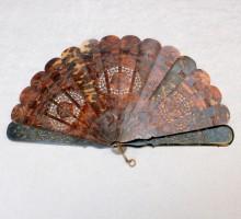 Eventail écaille XIXe siècle