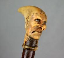 Canne, bois de cerf sculpté
