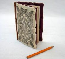 Carnet en ivoire et argent, fin du XIXe siecle
