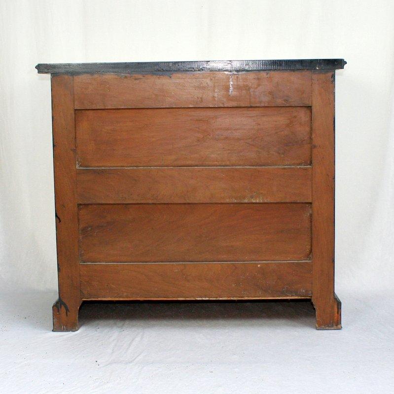 commode en bois laqu peint poque napol on iii. Black Bedroom Furniture Sets. Home Design Ideas
