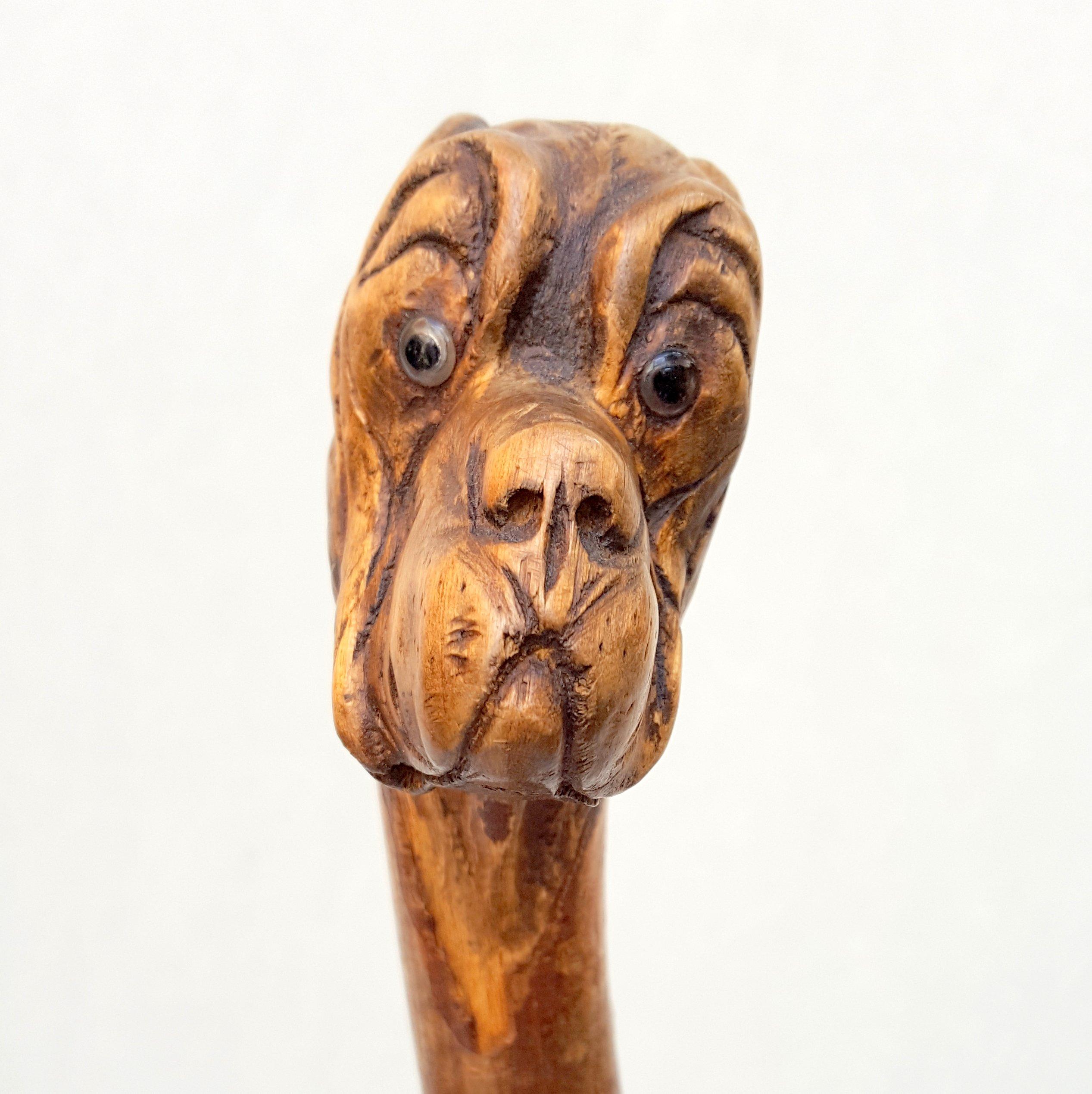 Canne art populaire chien en bois sculpt for Arts populaires