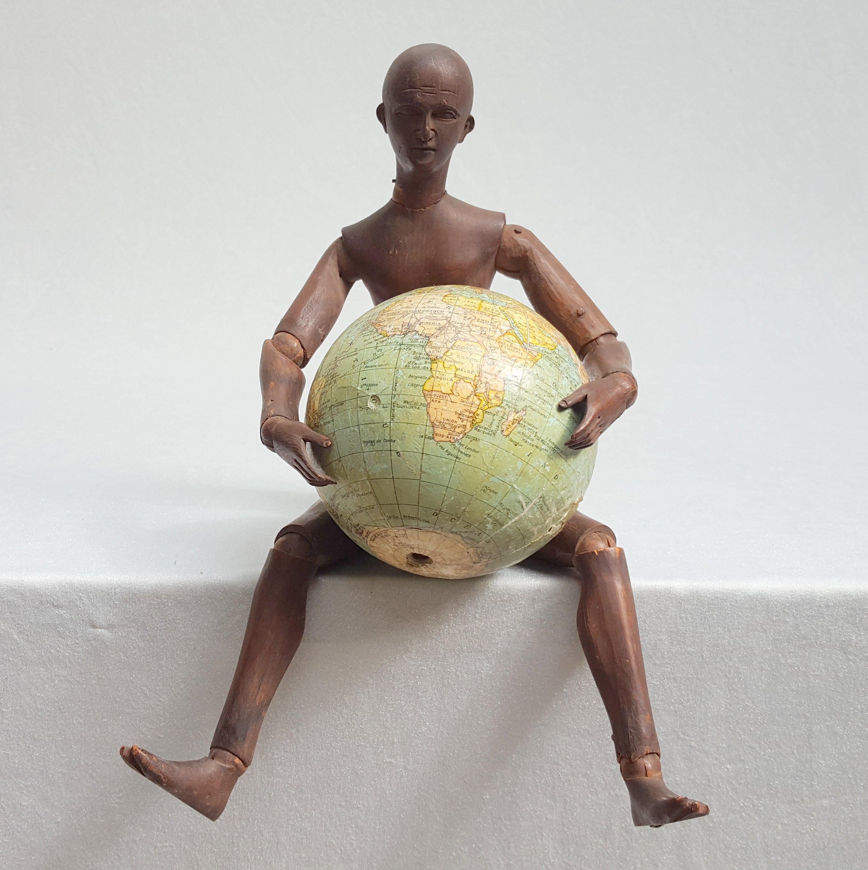mannequin d artiste en bois sculpt articul xixe si cle. Black Bedroom Furniture Sets. Home Design Ideas