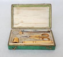 nécessaire de couture galuchat et or 1820 (6)
