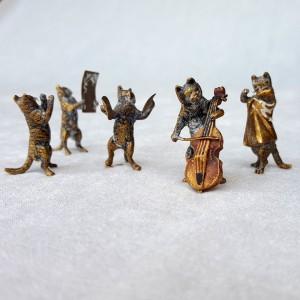 Bronze de Vienne, chats musiciens (1)